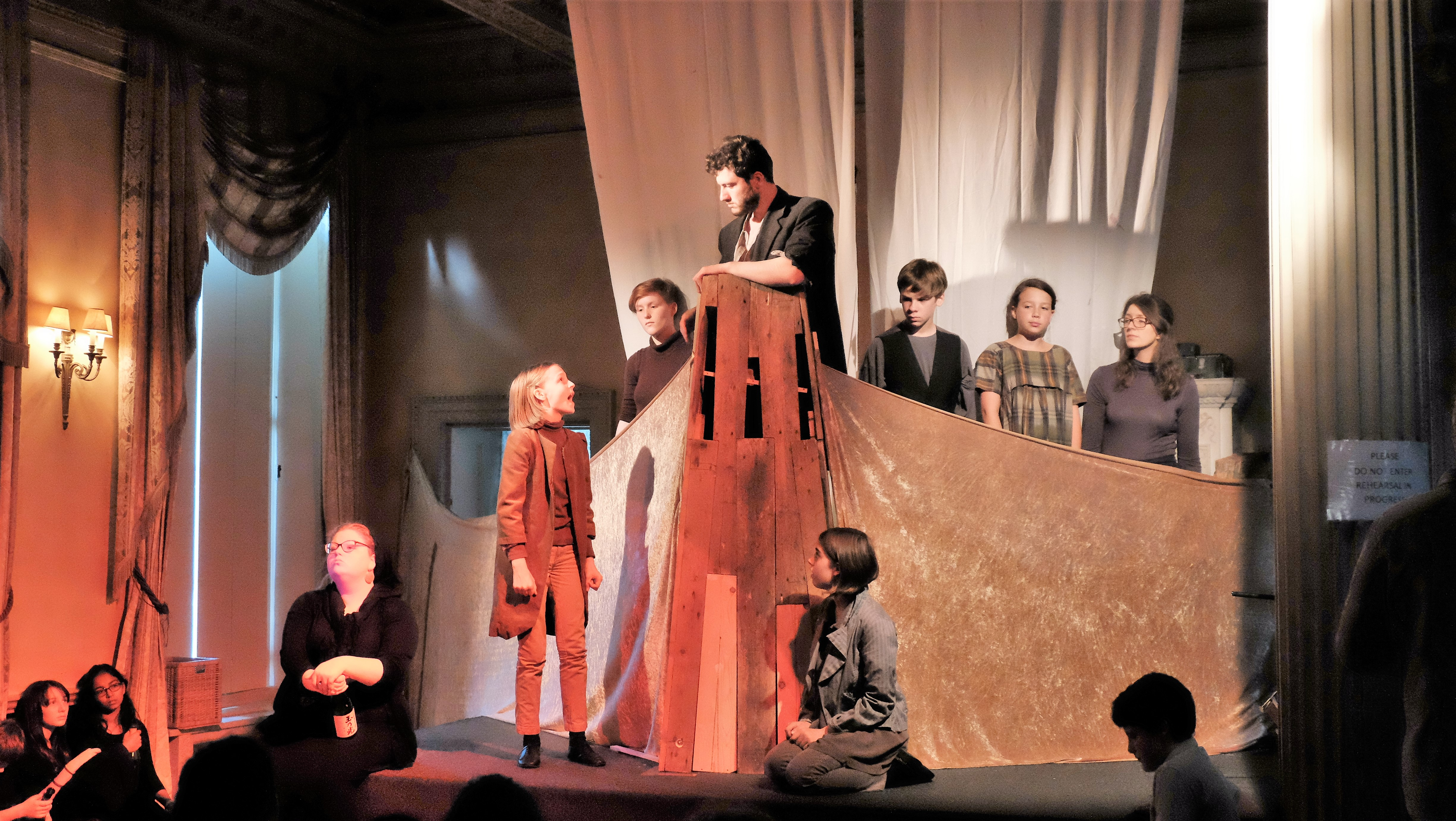 Hampton Court House School production of Noye's Fludde